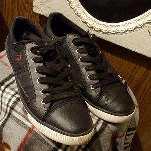 PENGUIN Sneakers Size 10